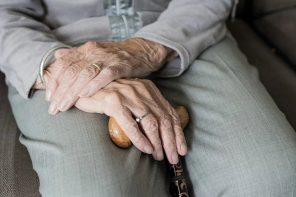 How to Choose the Right Assisted Living Facility
